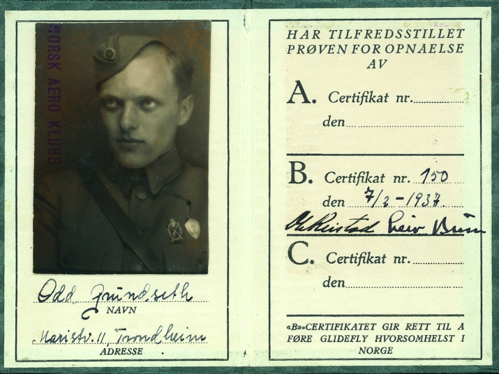 """""""B-sertifikat"""" fra 1937 var utstedt av Norsk Aero Klubb og er forløperen til det nye seilflysertifikat som alle seilflygere må ha etter 8. april 2018"""